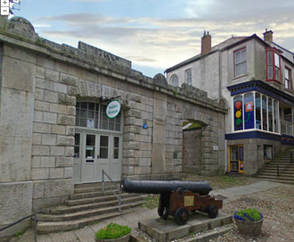 Bodmin Museum and CAnnon from HMS anson